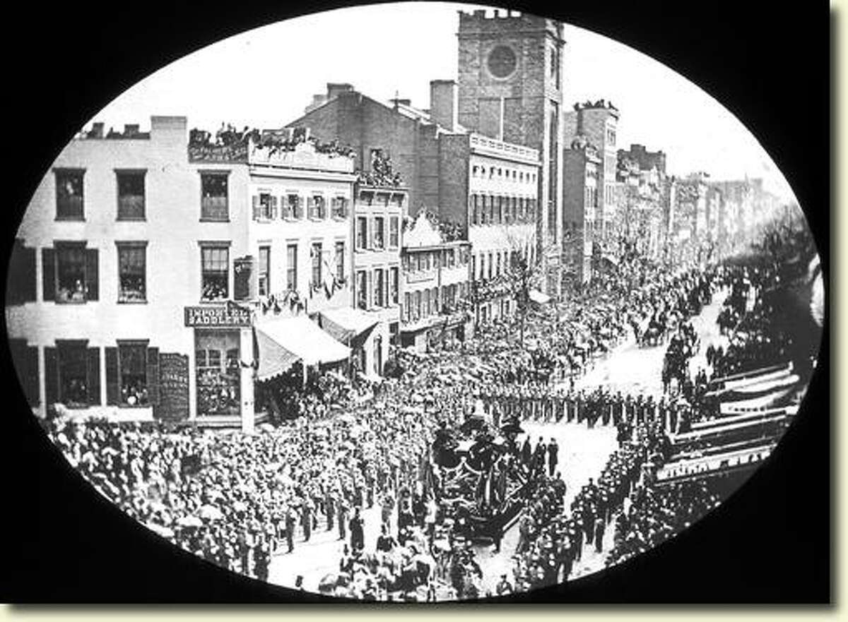 People lined downtown Albany to view Lincoln's funeral procession through Albany on April 26, 1865. (Courtesy NYS Archives)