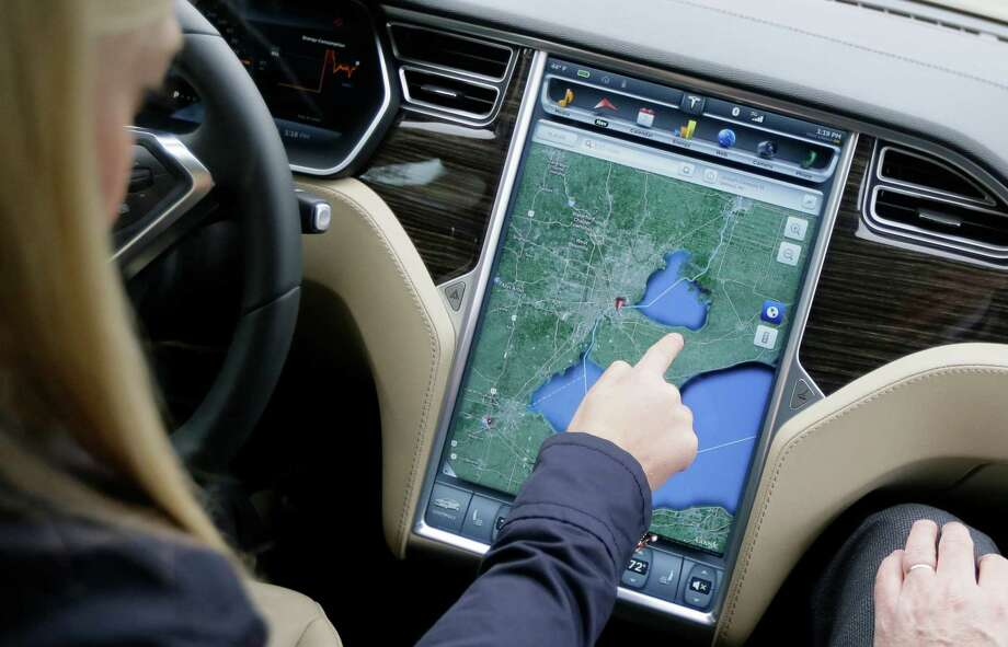 The navigation screen of the new Tesla Model S 70D shows the way during a test drive. Photo: Carlos Osorio, STF / AP