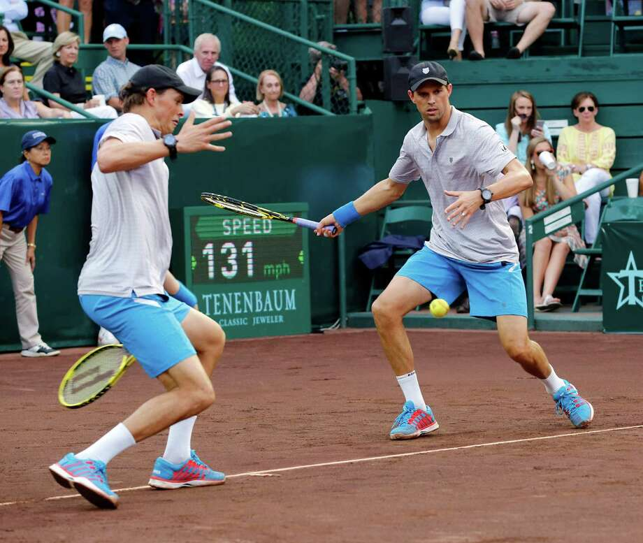 It's difficult to get anything past the duo of Bob, left, and Mike Bryan. Photo: Craig Hartley, Freelance / Copyright: Craig H. Hartley