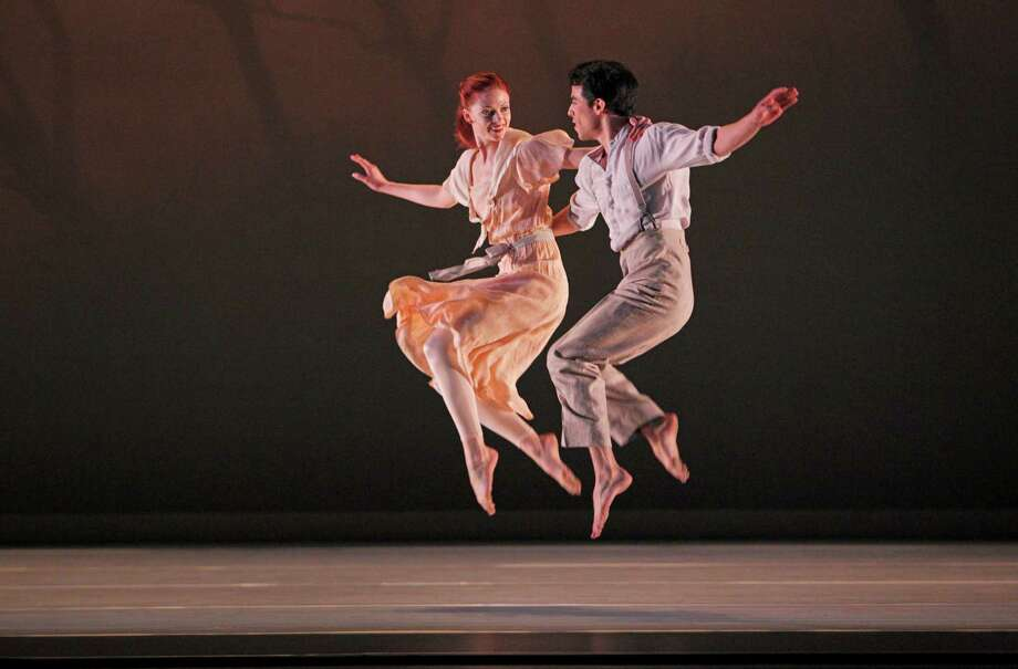 """Paul Taylor Dance Company, Program C in """"Eventide"""" (1997), Photo by Paul B. Goode Heather McGinley and Francisco Graciano in Eventide Photo: Paul B. Goode / ONLINE_YES"""