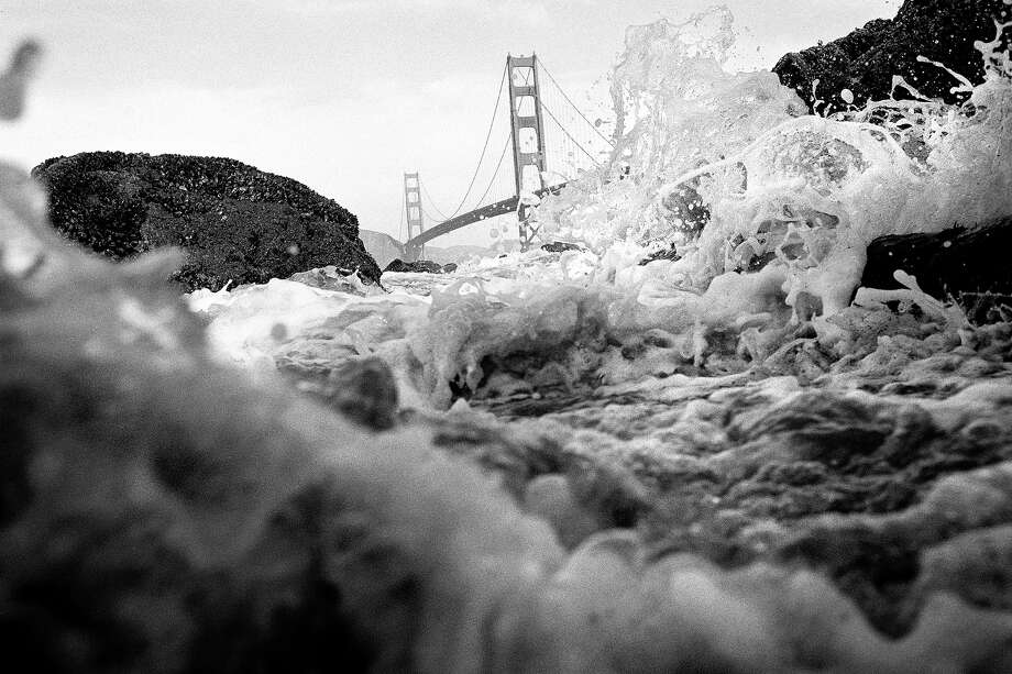 Pacific Wave and Golden Gate Bridge Photo: Spencer Aldworth Brown