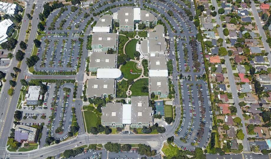 Apple's headquarters in Cupertino has planted drought-tolerant landscaping. Photo: Google / ONLINE_YES