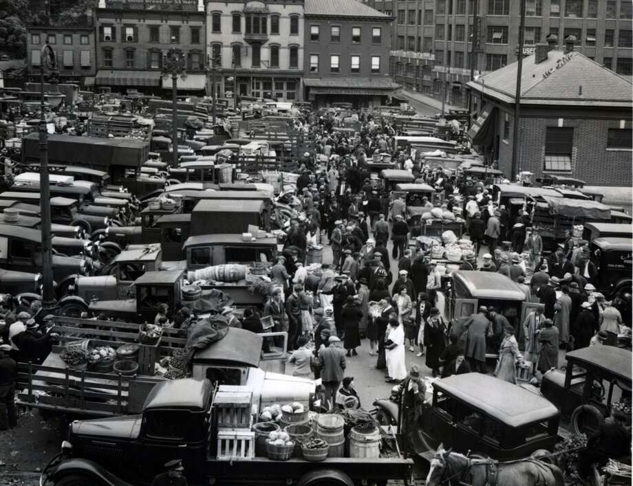 Albany Center Market at Lyon Block Sept. 21, 1935, in Albany, N.Y. 1930s Historic streets and buildings. (Times Union archive)