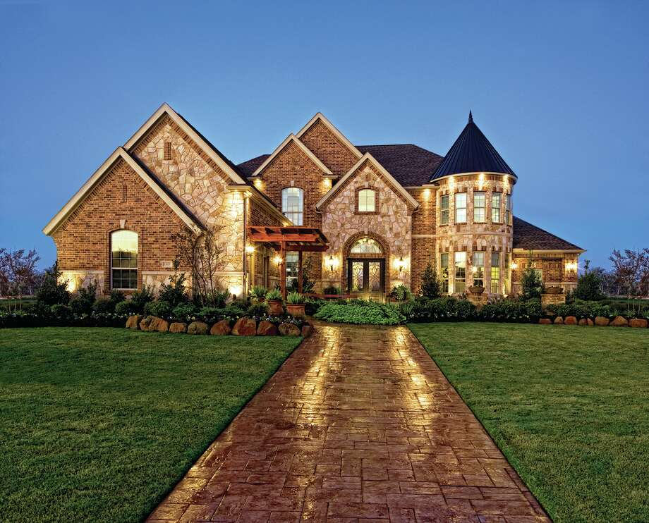 Toll Brothers offers luxury single-family homes in 11 locations throughout the Houston area.