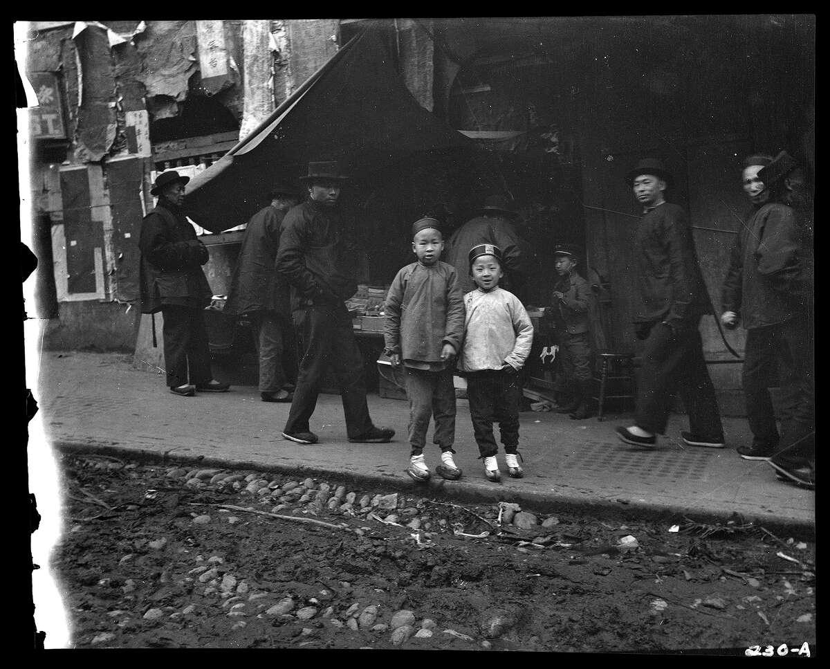 Chinatown, San Francisco, between 1896 and 1906.