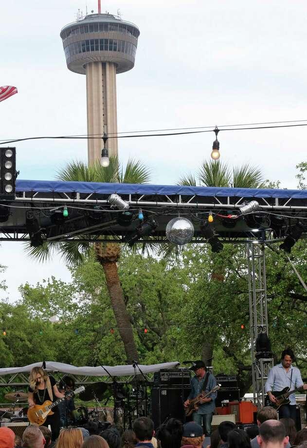 The Heartless Bastards perform during the 2015 Maverick Music Festival Friday April 10, 2015 at La Villita. The festival runs through April 11th. Photo: Edward A. Ornelas, San Antonio Express-News / © 2015 San Antonio Express-News