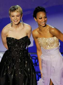 HOLLYWOOD - MARCH 07:  Actresses Carey Mulligan (L) and Zoe Saldana present onstage during the 82nd Annual Academy Awards held at Kodak Theatre on March 7, 2010 in Hollywood, California.  (Photo by Kevin Winter/Getty Images) *** Local Caption *** Carey Mulligan;Zoe Saldana Photo: Kevin Winter, Getty Images / 2010 Getty Images