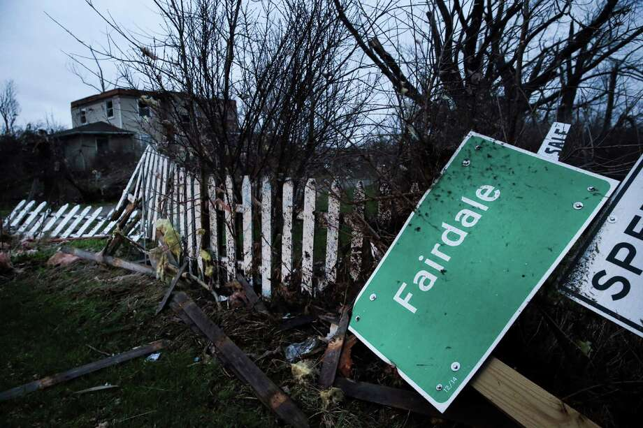 Two people were killed and 22 were injured Thursday when a tornado tore through Fairdale, Ill. About 70 buildings were destroyed or damaged. Photo: Armando L. Sanchez /Chicago Tribune / Chicago Tribune