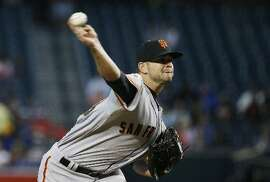 The Giants' Chris Heston pitches to the D-backs last week