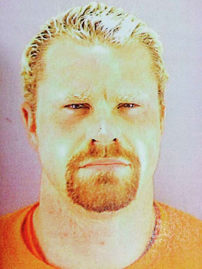 Police arrested Jackson Van Deusen, 39, of San Francisco, on Friday in the stabbing death of a man in the Outer Sunset. Photo: San Francisco Police Department / ONLINE_CHECK