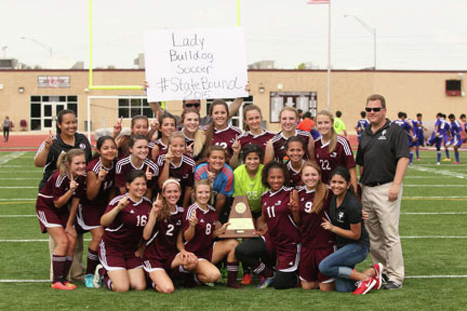 Jasper Lady Dawgs State Bound after their win over Hardin Jefferson photo by Jason Dunn