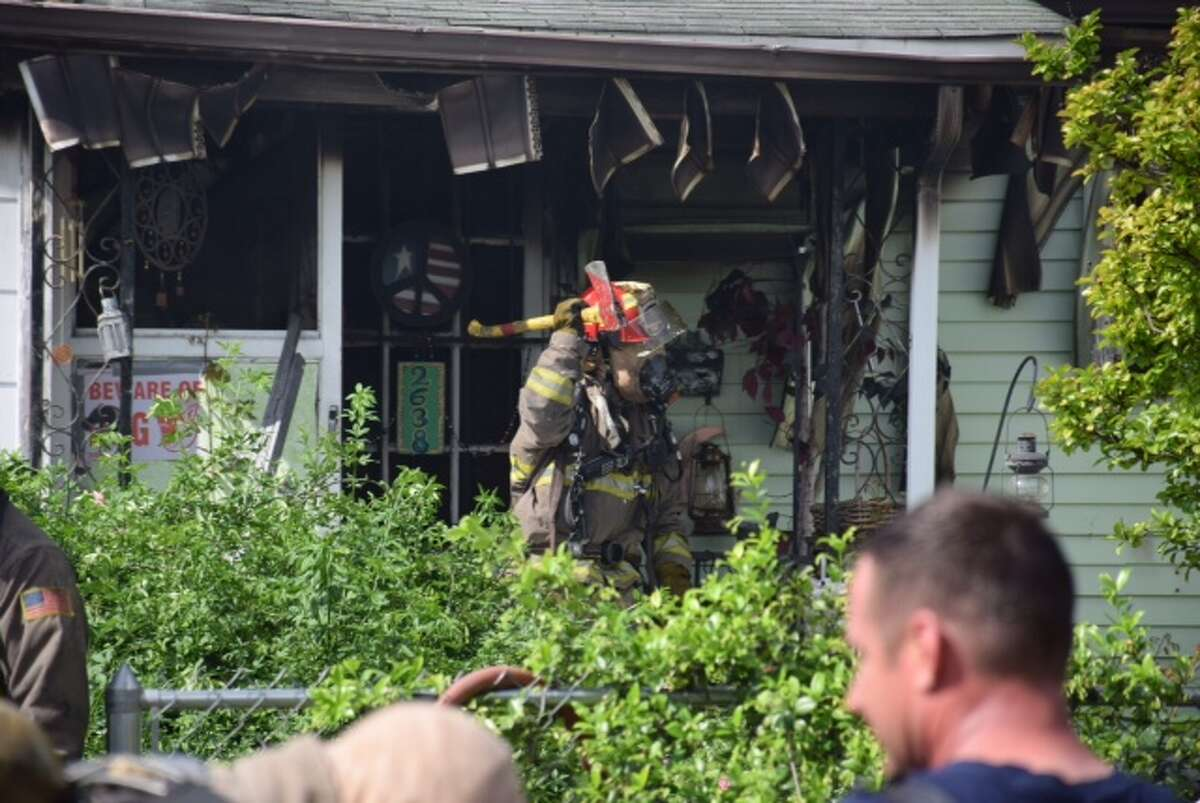 San Antonio firefighters worked for nearly 30 minutes to bring a fire that tore through a West Side home Monday morning under control. The fire began just after 10 a.m. in the 2600 block of Waverly Street.