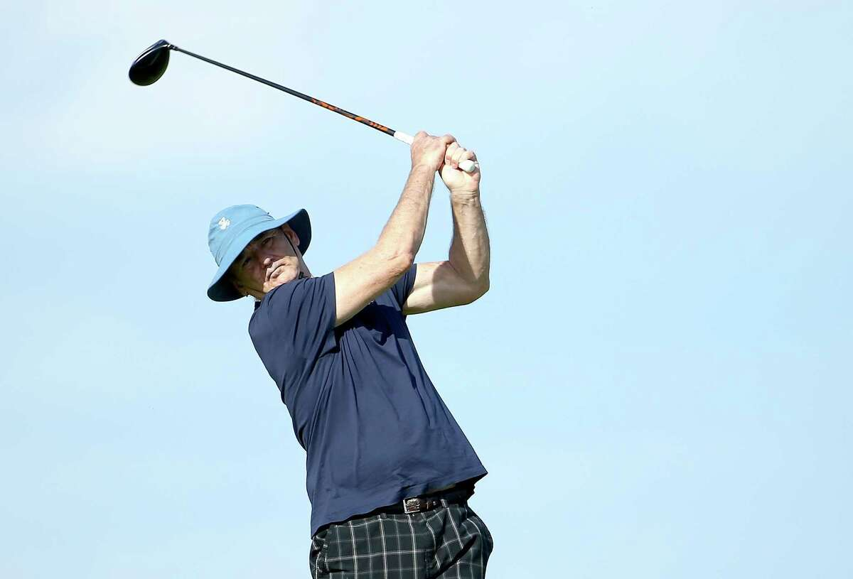 ST ANDREWS, SCOTLAND - SEPTEMBER 30: Hollywood star Bill Murray in action during the practice round prior to the 2014 Alfred Dunhill Links Championship at The Old Course on September 30, 2014 in St Andrews, Scotland. (Photo by Richard Heathcote/Getty Images) ORG XMIT: 508030357 ORG XMIT: MER2015041314215685