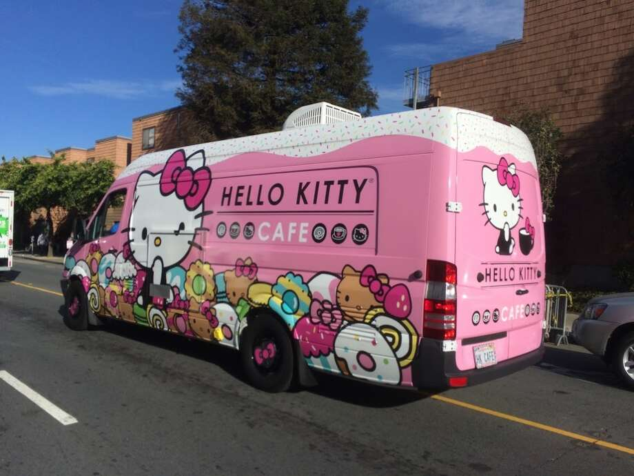 The Hello Kitty Cafe Truck arrives on the scene. Photo: Photo: Sarah Fritsche/The Chronicle