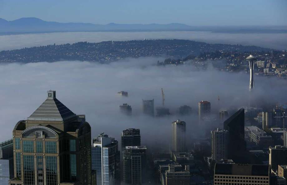Seattle might see its longest December dry spell since 1999 as forecasts call for no rain in the foreseeable future. The scenario will likely lead to more and more fog around the region and the danger of some stagnant air. Photo: JOSHUA TRUJILLO, SEATTLEPI.COM