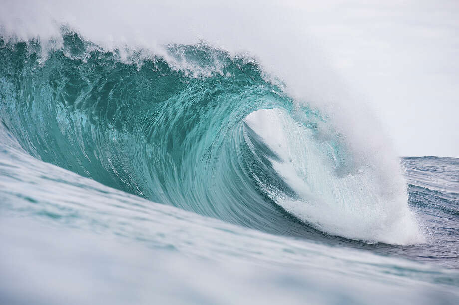 A wave breaks unridden during round 1 of the Drug Aware Margaret River Pro at The Box on April 15, 2015 in Margaret River, Australia. Photo: Kelly Cestari, Getty Images / 2015 Kelly Cestari