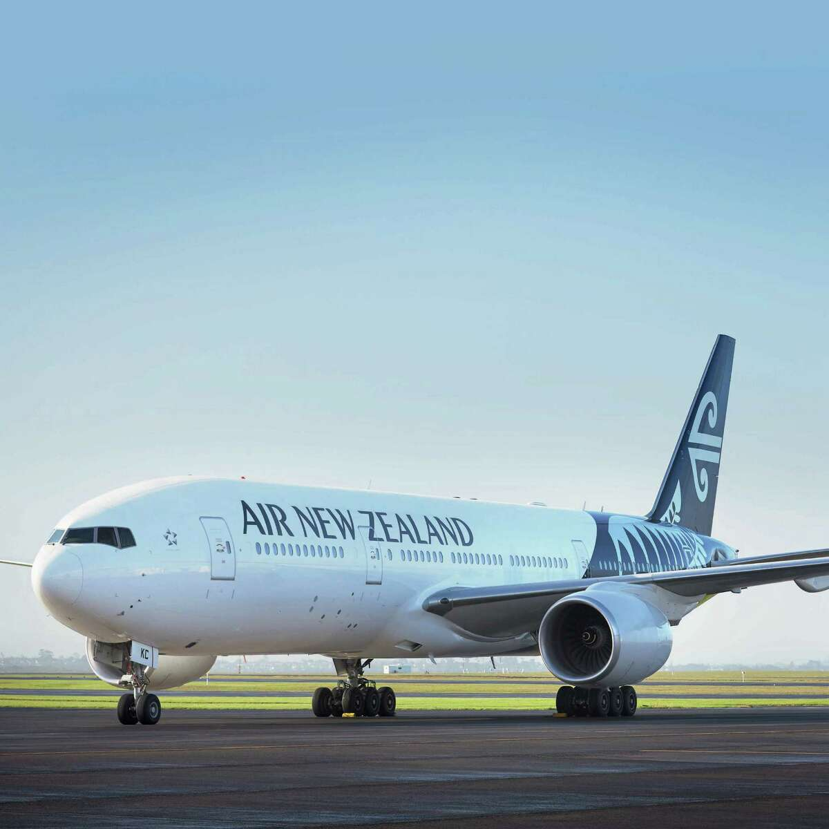 Air New Zealand Boeing 777-200. The airline will fly a nonstop flight between Houston and Auckland beginning in December 2015.