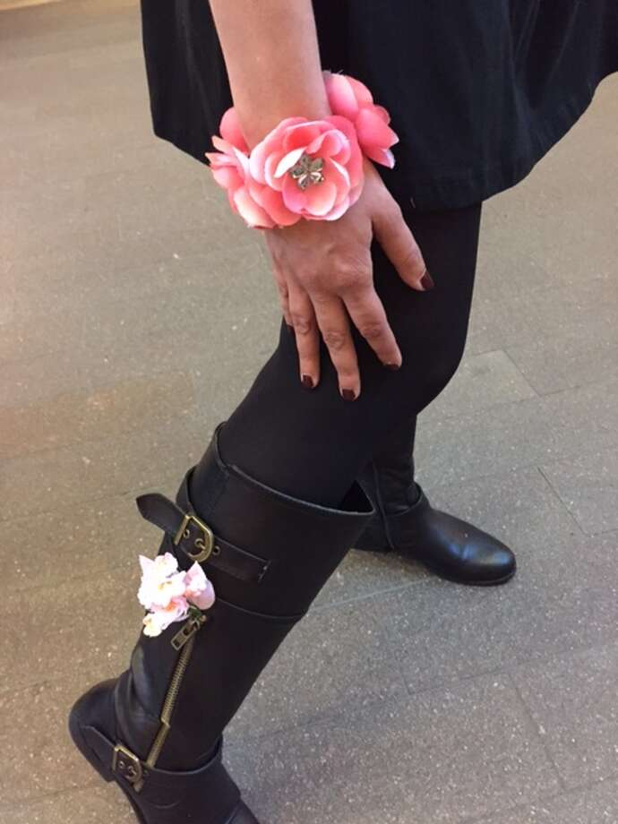 The foot (and wrist) of Juju, at Bouquets to Art