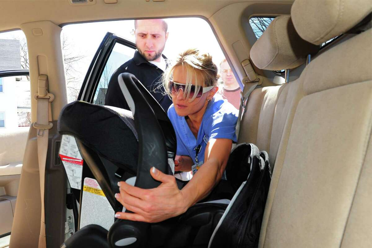 """House Bill 448 """"Child car seat"""" bill Gov.Abbott vetoed bill would have mandated children less than two years of age must be in a rear facing car seat while in a moving vehicle."""