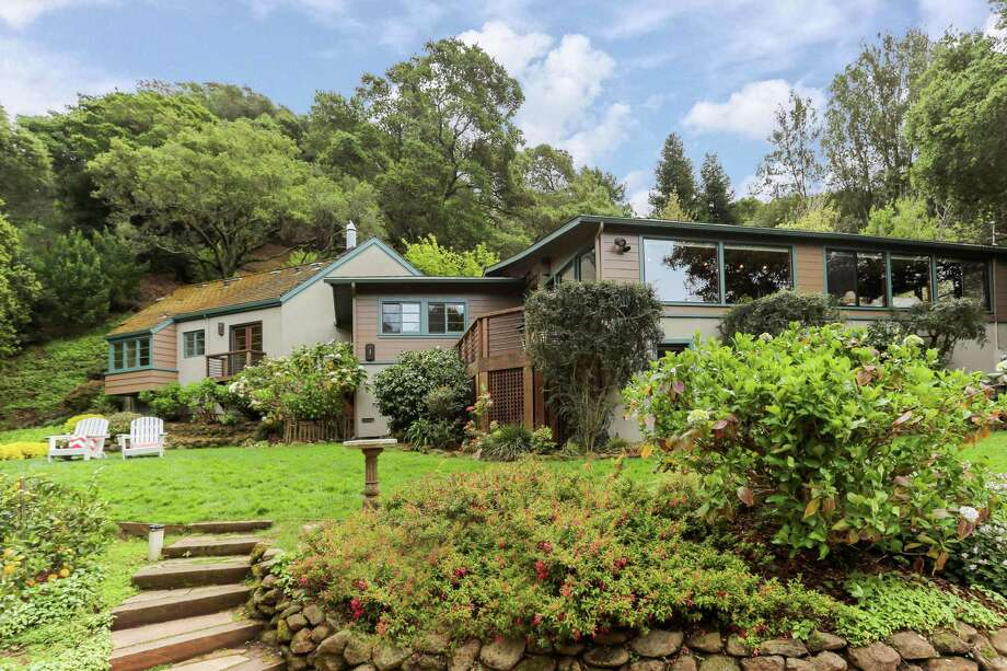 84 Gypsy Lane in Berkeley sits on 2.6 acres near the Elmwood and Rockridge neighborhoods. Click here to see more Berkeley listings.  Photo: Liz Rusby/Grubb Co. / ONLINE_CHECK