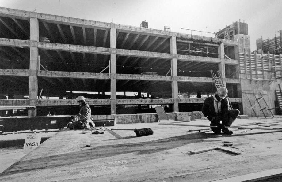 The Stamford train station parking garage has had structural problems since its initial construction in 1984, when cracks were found in support beams just eight months after work started. X-rays of the concrete revealed that about half as many steel support rods had been used than were required. Photo: Advocate File Photo / Stamford Advocate
