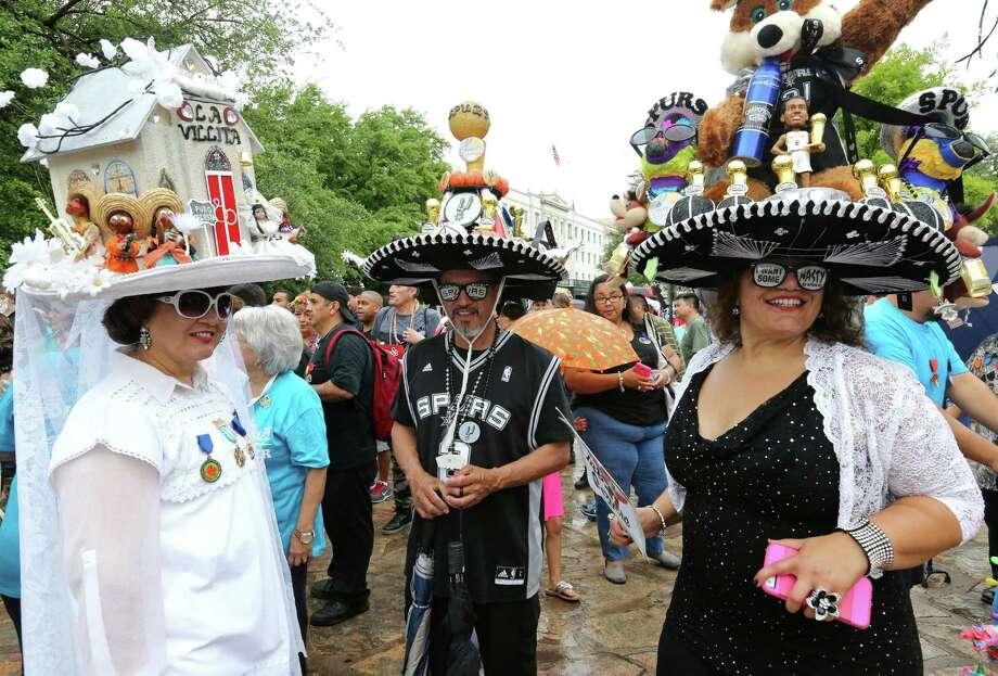 Fiesta opens Thursday April 16 2015 San Antonio Express
