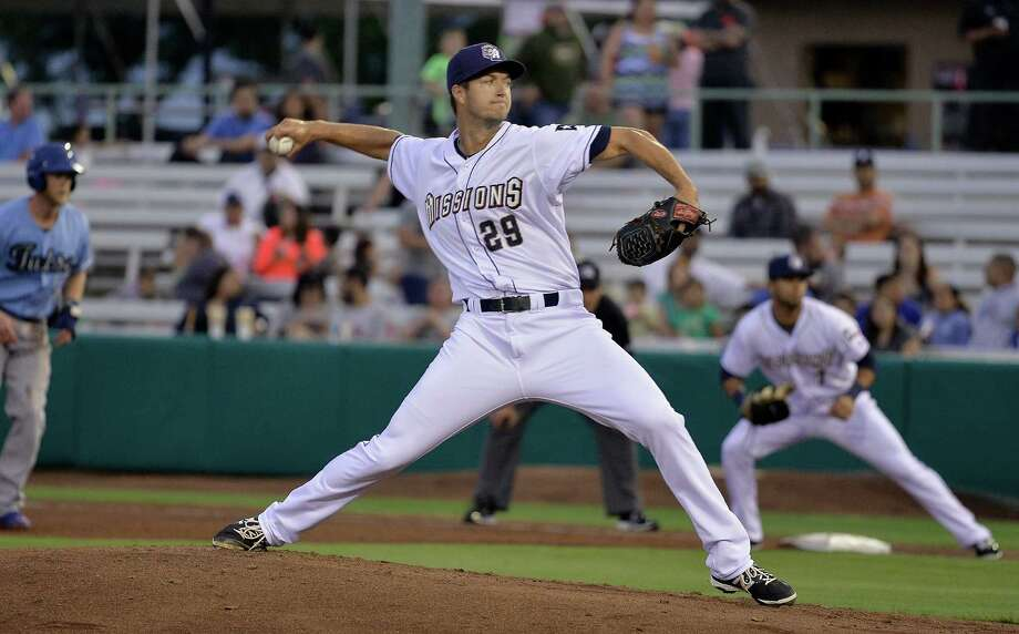 San Antonio Missions pitcher Colin Rea throws during a Texas League baseball game against the Tulsa Drillers, Thursday, April 16, 2015, at Wolff Stadium in San Antonio. Photo: Darren Abate /For The Express-News / Express-News
