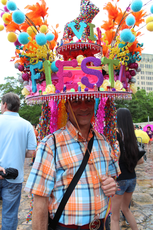 San Antonio Parties Rain Or Shine At Popular Fiesta And