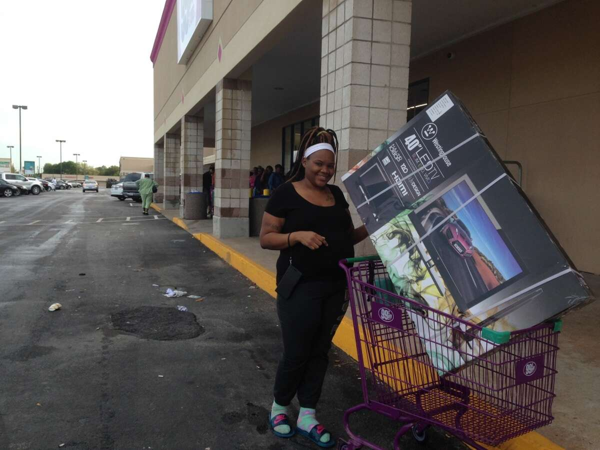 ShaDa Wiggins was one of the first nine customers in line who got to purchase flat screen TVs for 99 cents when the Stella Link store opened in 2015.