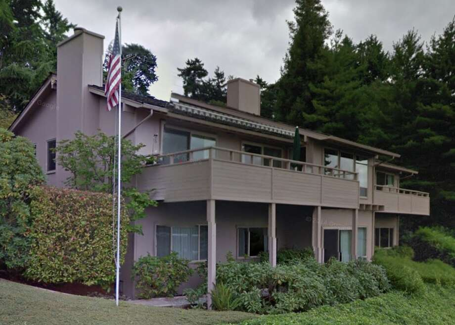A home on Brook Bay Road, the tenth most expensive street in the Seattle area. The median value of homes on this street, located on Mercer Island, is $2,389,913. Photo: Screenshot From Google Street View