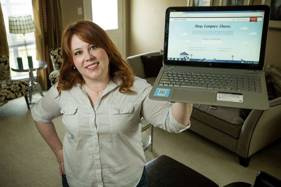 """Shelley Garza of Spring says she's a longtime user of the Power to Choose website. """"It takes some time, but I never felt like it was that big a deal,"""" she says. Photo: Brett Coomer, Staff / © 2015 Houston Chronicle"""