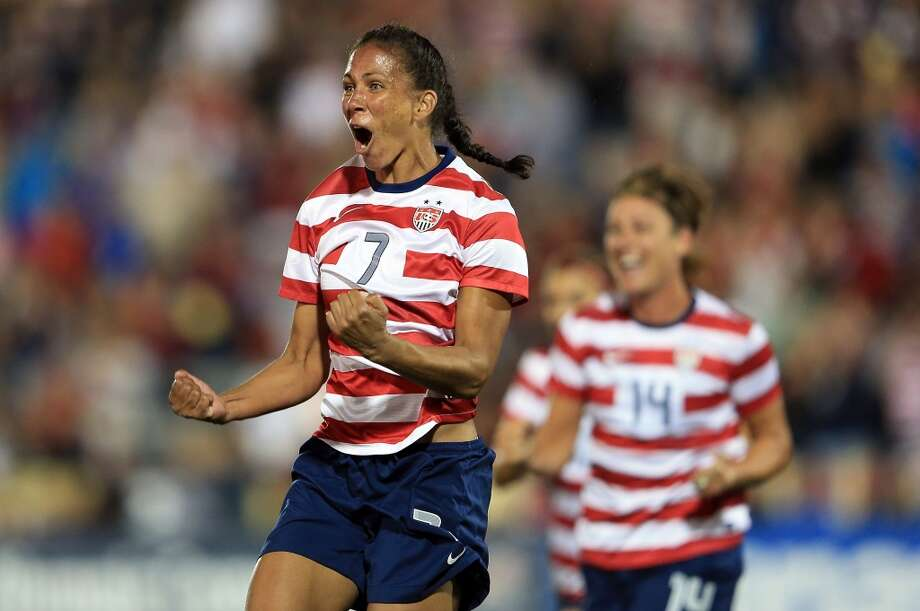 Shannon Boxx — midfielder Age: 37 | Hometown: Redondo Beach, California | Club: Chicago Red Stars Photo: Doug Pensinger, Getty Images