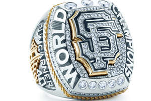 Giants unveil 2014 World Series rings - Photo