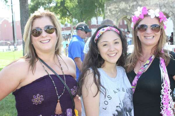Bell bottoms, hippie headbands, 80s leg warmers or 90s mom jeans, all styles were welcome at Throwback Fiesta, a celebration of retro S.A.