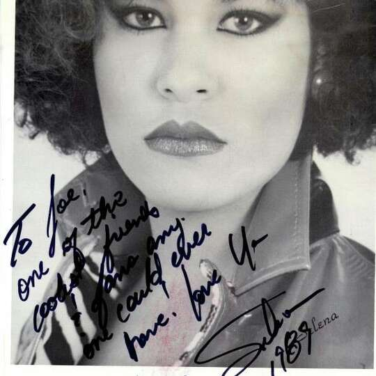 autograph from tejano legend selena quintanilla perez