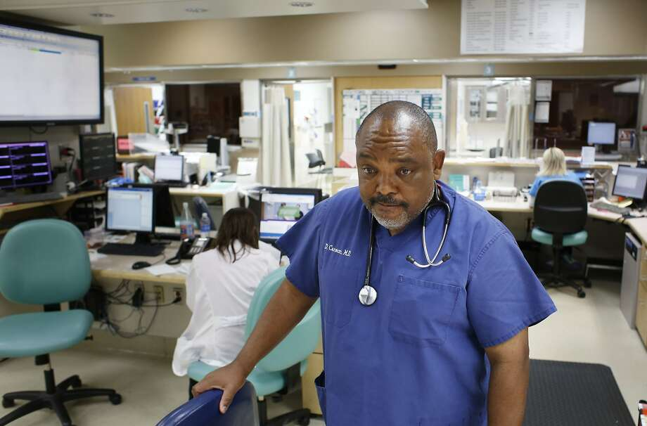 """Emergency physician Dr. Desmond Carson, on the last full day of operation at Doctors Medical Center  in San Pablo, said the closing will hurt the health of the community. """"People are going to die,"""" Carson said. Photo: Mike Kepka, The Chronicle"""