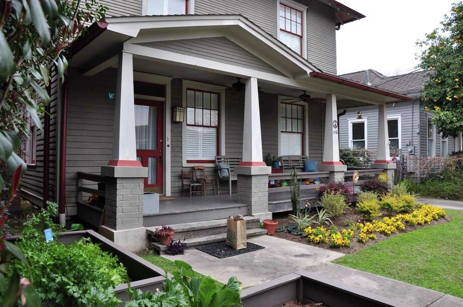 416 Willard is part of Saturday's East Montrose Home Tour and Art Walk.