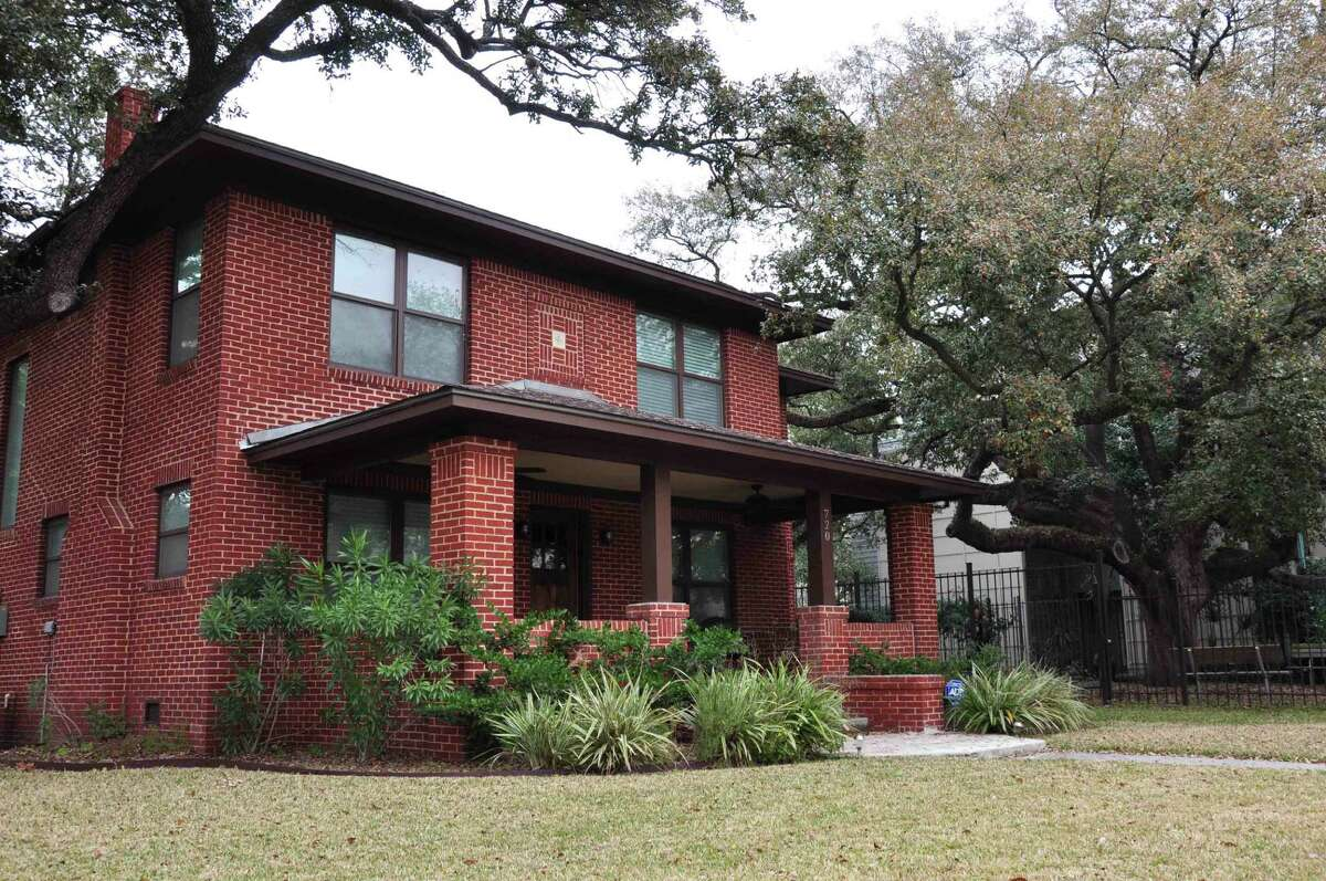 720 Bomar is part of Saturday's East Montrose Home Tour and Art Walk.
