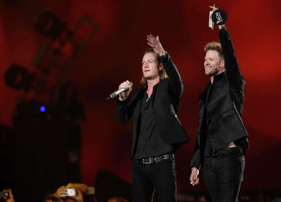 Academy of country music awards 2015 houston chronicle for Academy of country music award for video of the year