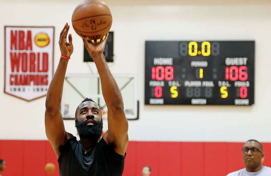 James Harden took only 11 shots from the field during Game 1, augmenting his 22-point scoring output with 11 assists. Photo: James Nielsen, Staff / © 2015  Houston Chronicle