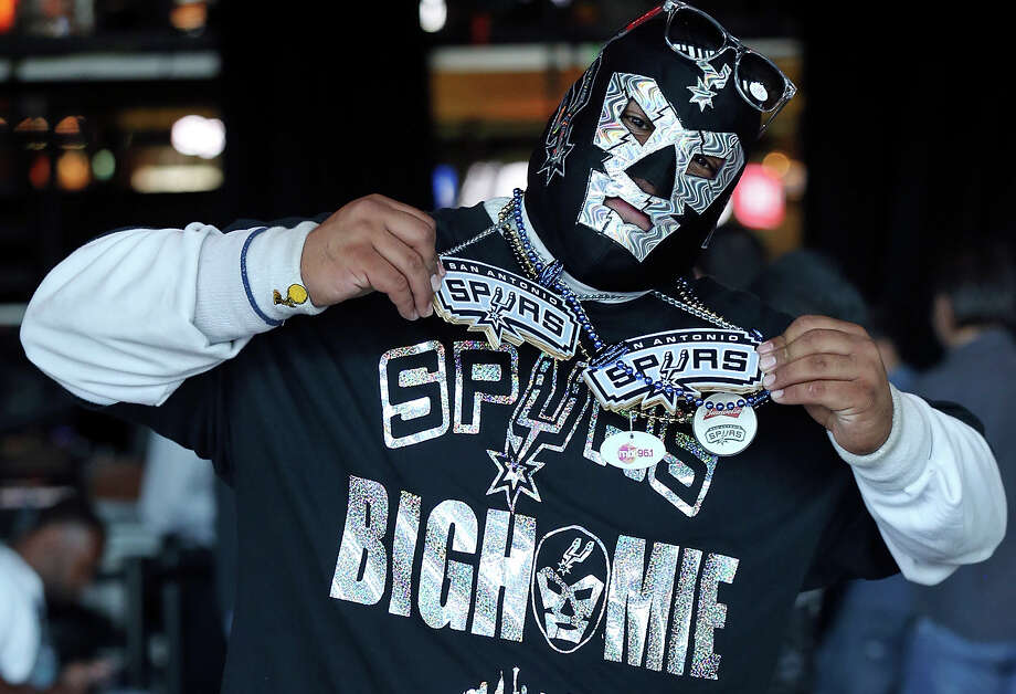 "Spurs fan Arturo ""The Big Homie"" Alderete shows his spirit before Game 1 of the Western Conference finals between the San Antonio Spurs and Oklahoma City Thunder on May 19, 2014 at the AT&T Center. Photo: Edward A. Ornelas /San Antonio Express-News / © 2014 San Antonio Express-News"