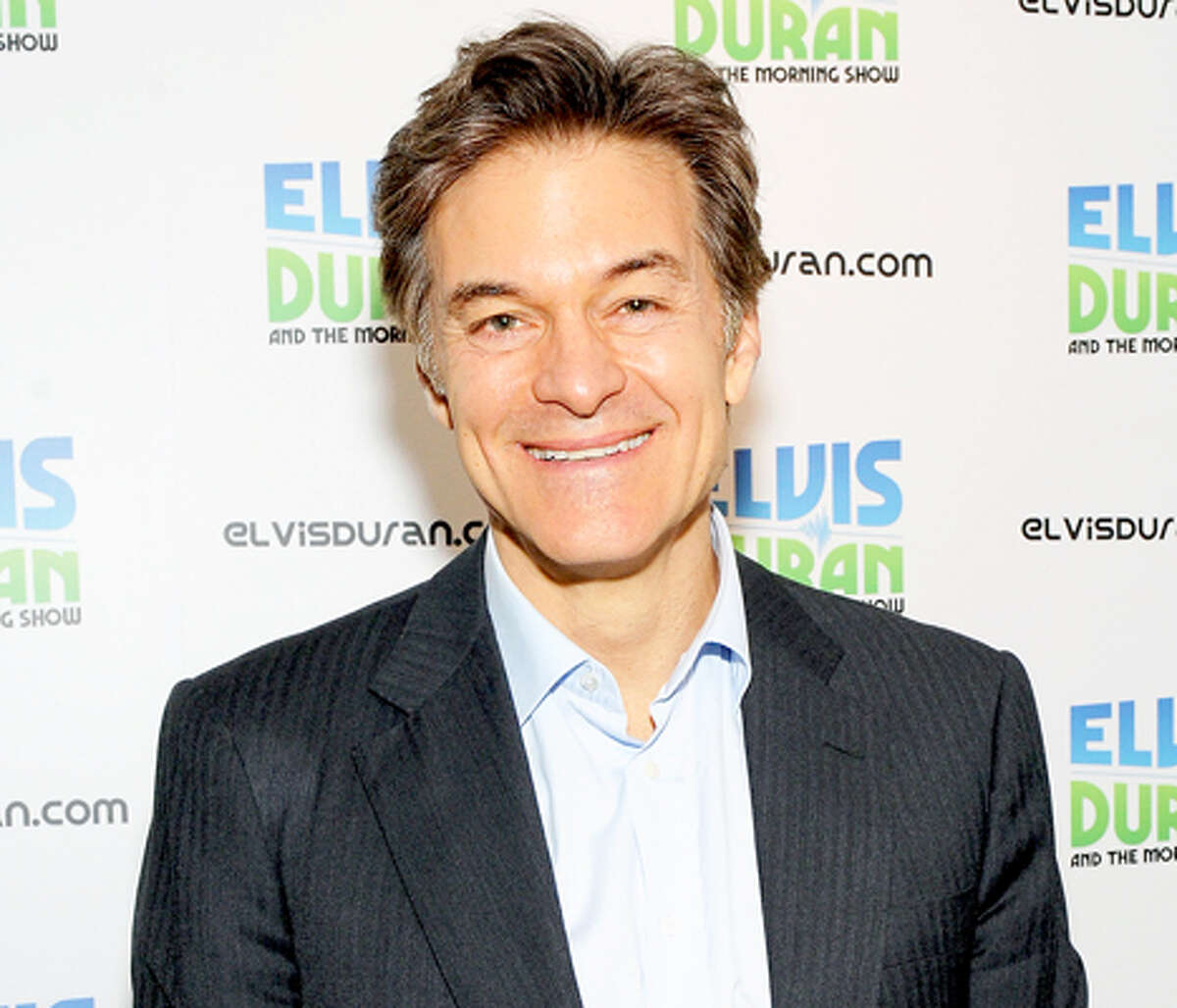 TV personality Dr. Mehmet Oz The Turkish-American doctor grew up in a mixed Muslim household, where his father practiced a more traditional version of Islam and his mother practiced a more secular version.