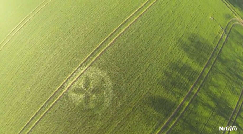 """This crop circle was photographed in Gloucestershire, UK in April 2015 by an aerial photographer who uses the YouTube screen name """"MrGyro FPV."""" Photo: MrGyro FPV On YouTube"""