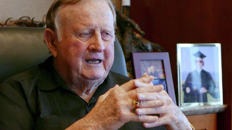 "San Antonio businessman and former Spurs owner B.J. ""Red"" McCombs speaks in his office on April 7, 2015. Photo: Billy Calzada /San Antonio Express-News / San Antonio Express-News"