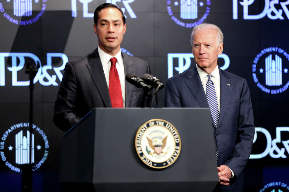 Then-Housing and Urban Development Secretary Julián Castro introduces Vice President Joe Biden at a housing development conference during the Obama Administration. Photo: Connor Radnovich / / For The Express-News