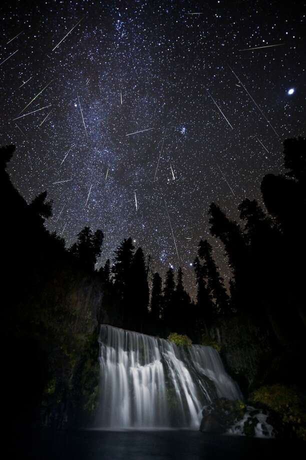 Orionids: The late October meteors, Orionids have a broad and unpredictable peak. They normally fast-moving and leave persistent trails on occasion. Photo: Brad Goldpaint, Getty Images/Aurora Creative