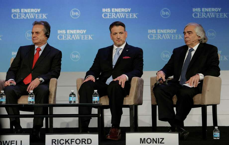 Mexican Energy Ministry Secretary Pedro Joaquin Coldwell, left, will be the keynote speaker at the Rice University Baker Institute forum on Mexican energy reform on Friday, Sept. 23, 2016. In this file photo, Coldwell sits with Canadian Natural Resources Minister Greg Rickford, center, and U.S. Energy Secretary  Ernest Moniz at  IHS Energy CERAWeek last year at the Hilton Americas-Houston. (Billy Smith II / Houston Chronicle) Photo: Billy Smith II, Staff / Houston Chronicle