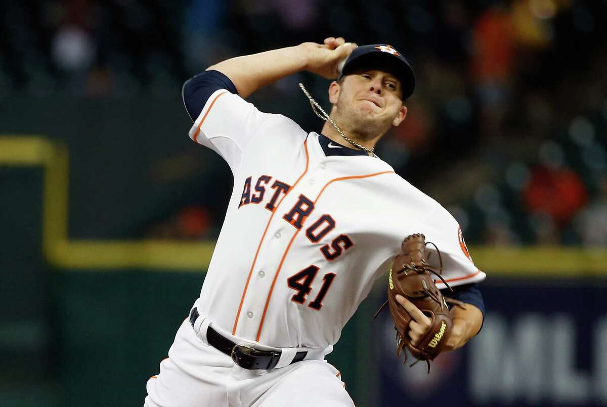 HOUSTON, TX - APRIL 14: Brad Peacock #41 of the Houston Astros throws a pitch in the first inning of their game against the Oakland Athletics at Minute Maid Park on April 14, 2015 in Houston, Texas. (Photo by Scott Halleran/Getty Images)