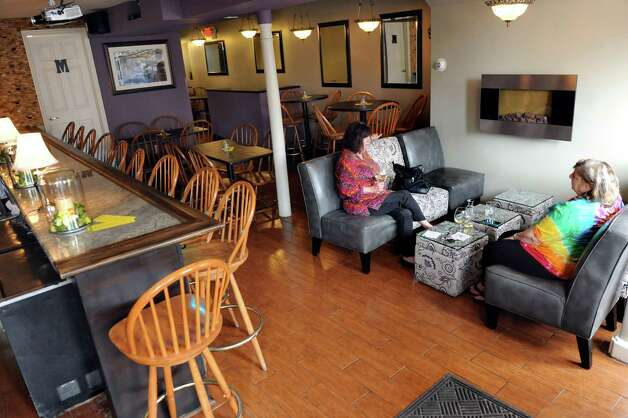 The dining room and bar on Friday, April 17, 2015, at Spindles on Remsen in Cohoes, N.Y. (Cindy Schultz / Times Union) Photo: Cindy Schultz / 00031483A