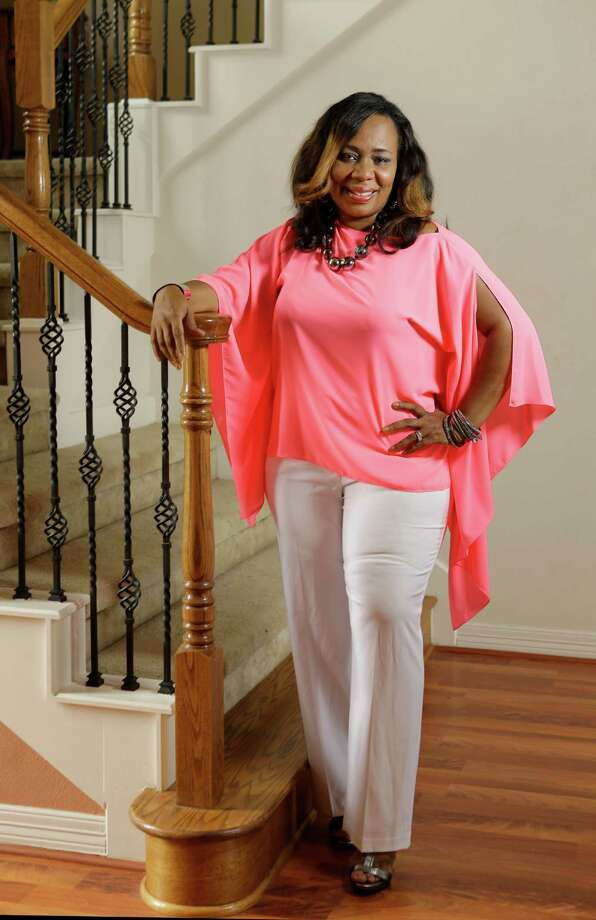 ReShonda Tate BillingsleyThe former TV reporter has written nearly 40 books. Photo: Melissa Phillip, Staff / © 2015  Houston Chronicle